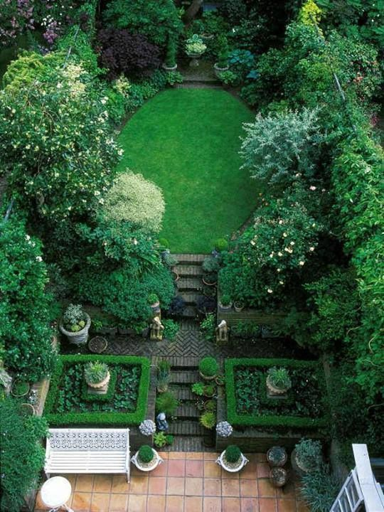 7 Steps For A Garden That's Easy To Manage