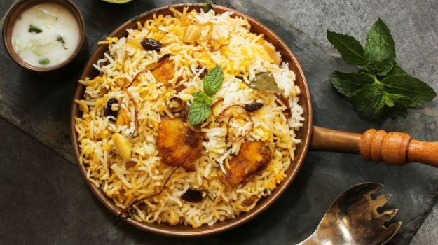 Go For An Exclusive Food Walk On Your Upcoming India Tour