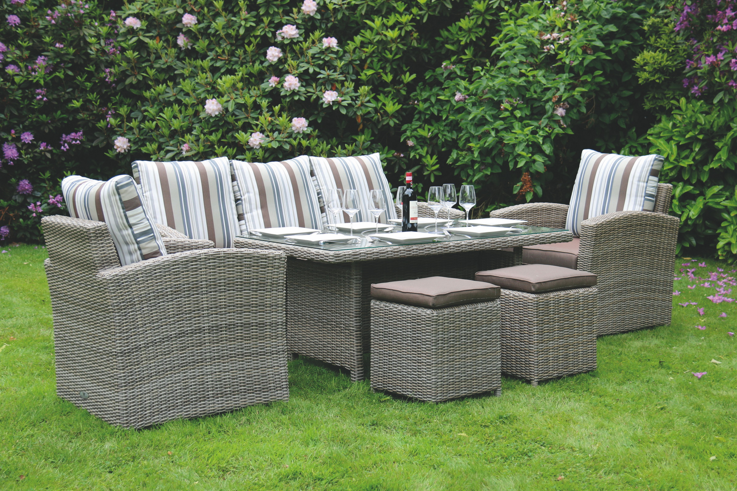 Take Advantage Of Outdoor Living This Summer 2017